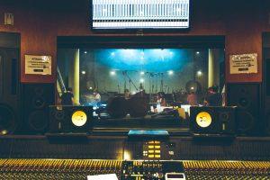 Registrazione colonna sonora Mare Fuori 2 - Pentagrafica
